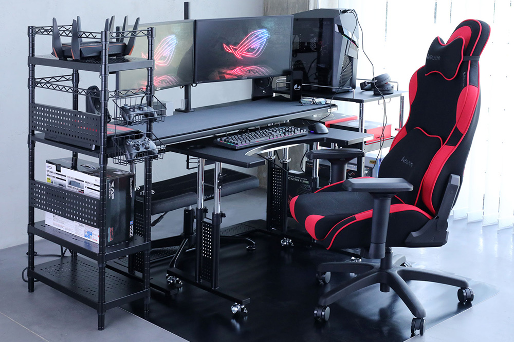 14 Amazing Gaming Desk Layouts for A Budget of $1000